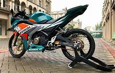Modifikasi Cbr150r 2018 by Modifikasi Honda Cbr150r Striping Nsr Repsol Warungasep