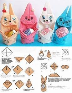 Folded Napkin Bunny With Easter Egg