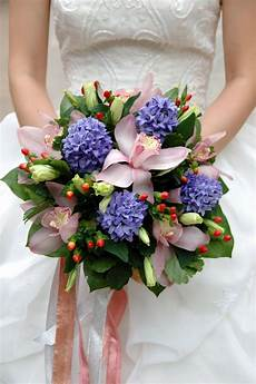 nature four seasons hydrangea wedding bouquet