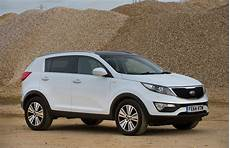 used kia sportage review auto express