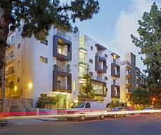 Apartment Brokers Los Angeles Ca by 7045 7051 Lanewood Ave Los Angeles Ca 90028