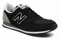 new balance u420 trainers in black at sarenza co uk 115657