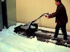 2in1 Schneeschieber Mit Motor Und Balkenm 228