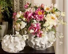vasi con fiori vasi con fiori finti piante finte fiori finti