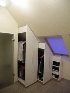 bäder mit dachschräge erstaunlich k 252 chen akzent plus schlafzimmer einbauschrank