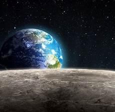 Raumfahrt Erster Superreicher Bucht Spritztour Zum Mond