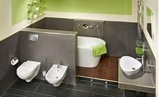 Badezimmer Halbhoch Gefliest - wand wechsel dich halbhoch geflieste w 228 nde im badezimmer