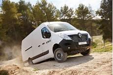 Master 4x4 L Offensive Tout Terrain De Renault L Argus