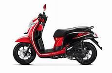 Variasi Scoopy 2018 by New Honda Scoopy Ganti Striping Dan Tambah Pilihan Warna