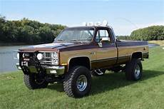 Stunt Truck 1984 Gmc K10 Fall Tribute Bring A Trailer