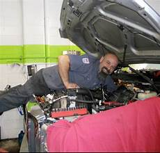 how an auto repair shop is winning customers with social media social media strategy
