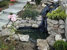 cascade d eau pour bassin cascade bassin a poisson materiel de bassins