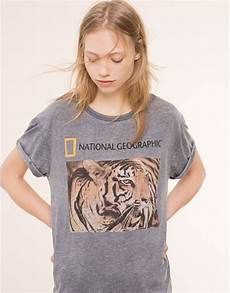 t shirt national geographic t shirts e tops mulher pull portugal spain in 2019