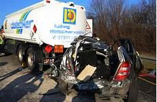 Unfall Auf Der A81 Schwerverletzter Nach Unfall Bei
