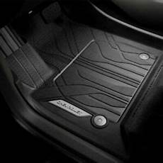 2018 19 chevy traverse front all weather floor liners in