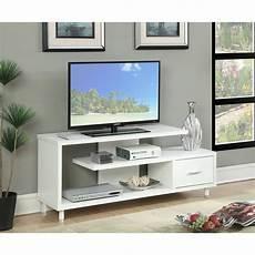 Meja Tv Dengan Desain Minimalis Akan Semakin Melengkapi