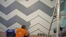 Wand Streichen Muster Ideen - how to paint a zig zag wall chevron pattern