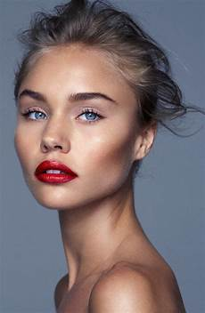 blaue augen lippenstift new year make up trends for a charming look lifestyle