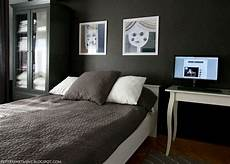 schlafzimmer grau schwarz my black wall bedroom apartment