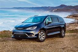 2019 Chrysler Pacifica Review Design Engine Price And