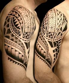 Polynesische Maori Tattoos Oberarm Schulter Mann Bedeutung