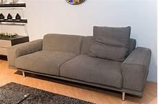 sofa mit hocker sofa ezra mit hocker machalke sofas g 252 nstig kaufen