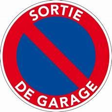 stationner devant garage panneau en pvc interdiction de stationner panneau pvc