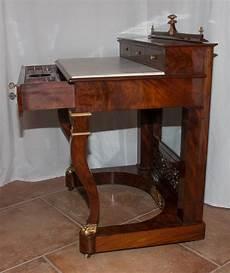 Table De Toilette En Acajou 233 Poque Restauration 1820 1830