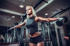 Woman Fitness Model | venice beach fat burning fitness tea newport skinny tea