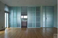 cloison verre coulissante portes coulissantes en verre sur mesure