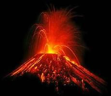 Contoh Gambar Bencana Alam Gunung Meletus Lengkap