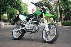 Modifikasi Klx Supermoto by Modifikasi Motor Kawasaki Klx 150 Ala Supermoto