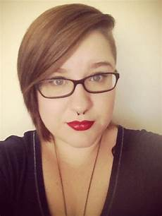 shaved side short hairstyles fat google search hair pinterest shorts girl undercut and