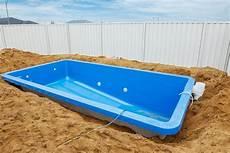 Schwimmbad Kaufen Garten - diy pool installation a disaster in the my