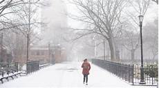 Malvorlagen New York Weather Nyc Weather Snow Sleet And Slowly Move Out Of Area