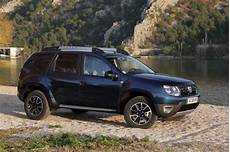 dacia duster black touch essai dacia duster dci 110 black touch auto plus 25