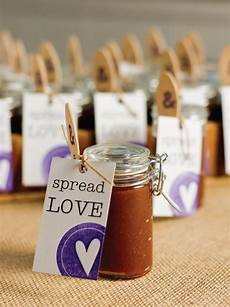 14 diy wedding favors your guests will actually want affordable wedding favours budget
