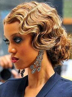 hairstyles for 1930s and 1940s vintage wedding