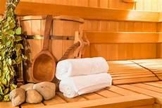 Wellness Pur Sauna Sonne Wasser