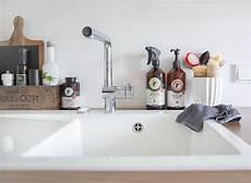 wohnung putzen wie oft putzen nach dem minimalprinzip feinstaub in unserer