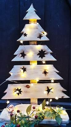 weihnachtsbaum holzbaum advent deko garten hauseingang