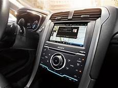 ford software update ford software update bringt siri free f 252 r 5 millionen fahrzeuge macerkopf