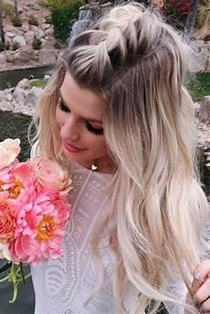 30 cute hairstyles for a first date hair long hair