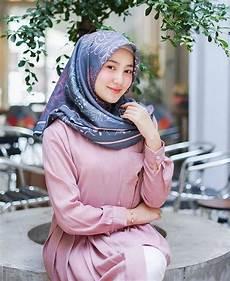 Jilbab Di 2020 Gaya Wanita Model Pakaian