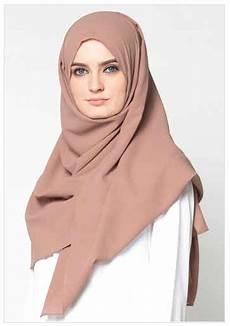 Gaya Terbaru 48 Model Jilbab Casual