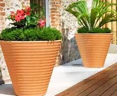 vasi resina prezzi vasi da giardino dimensioni materiali e prezzi il