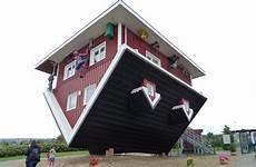 Das Verrückte Haus Bispingen - ein haus steht kopf bild das verr 252 ckte haus