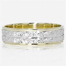 9ct gold two colour patterned wedding ring