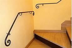 corrimano in ferro battuto per scale interne corrimano per scala in ferro battuto artigianale con