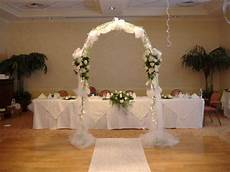 wedding arche with tulle with decorations tulle arch